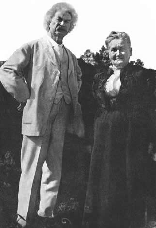 Clemens and Laura Hawkins